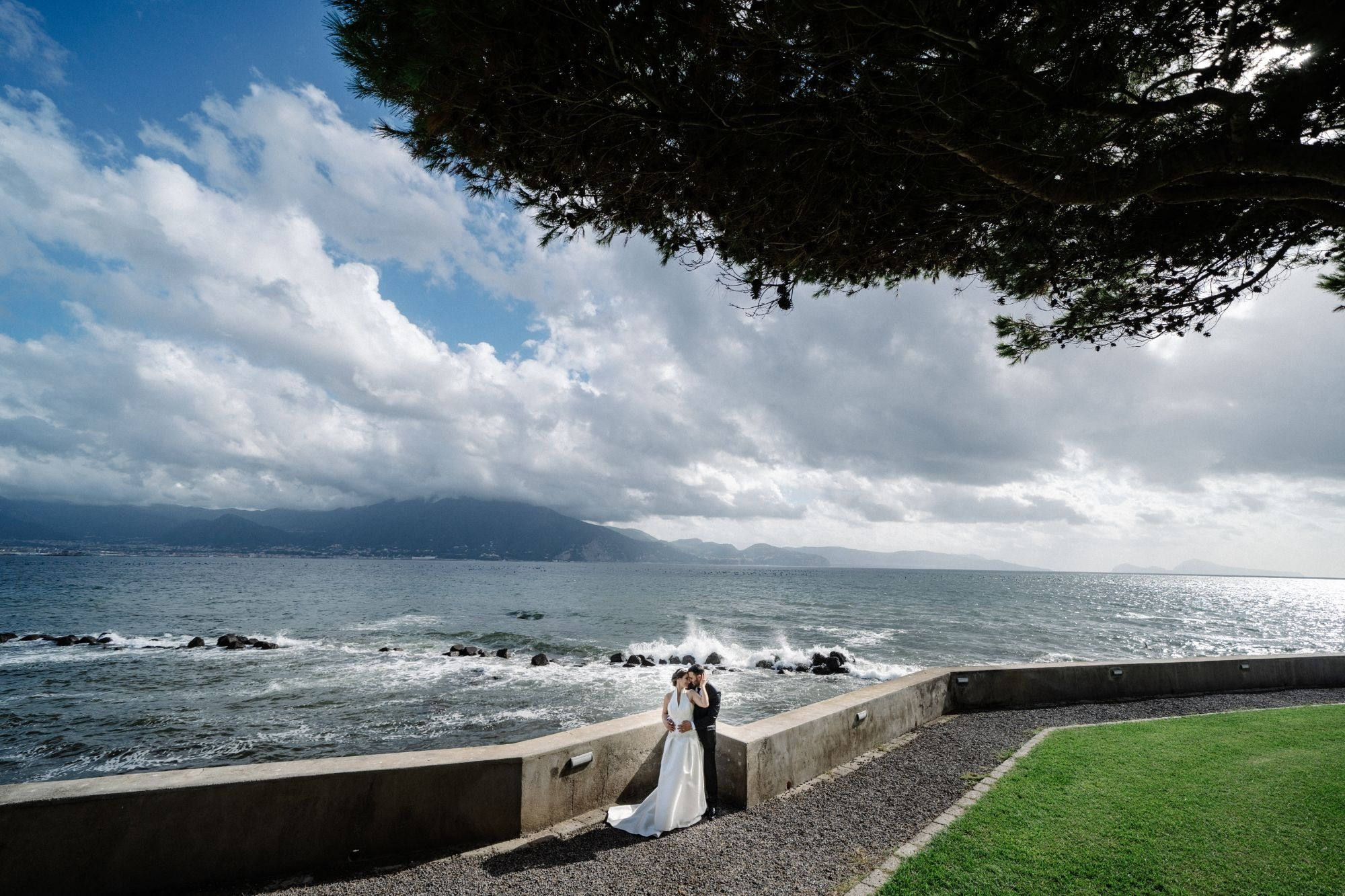 EXCLUSIVE WEDDING ON LAKE ORTE, ITALY